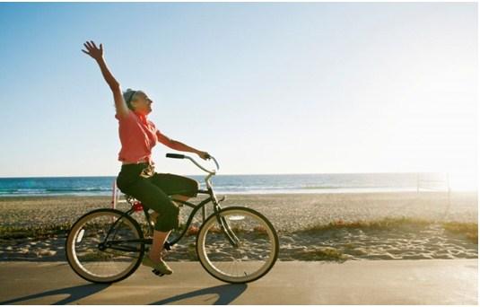 manejar bicicleta adelgaza las piernas